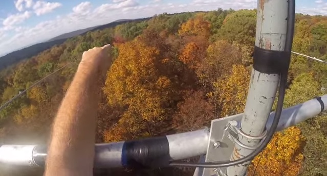 GoPro Climb up a tower : RemoteHamRadio W2/BlueBerry