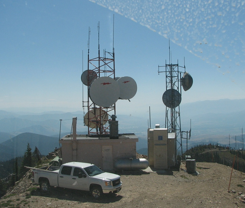 Amateur Radio Repeater Debate Draws Sparks