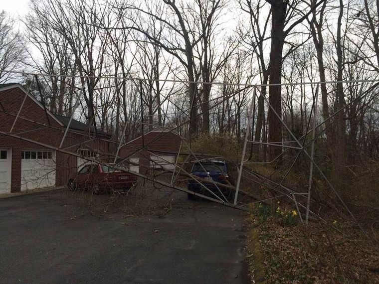 Radio tower collapses onto house, car in Spotsylvania County