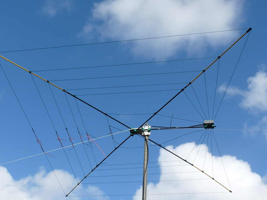 High Quality 5 bander CobWeb Antenna | QRZ Now – Amateur Radio News