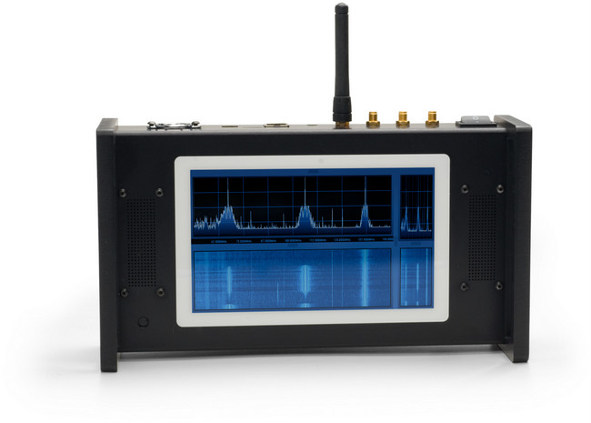 The Siru Innovatios SDR20 multi-touch portable SDR