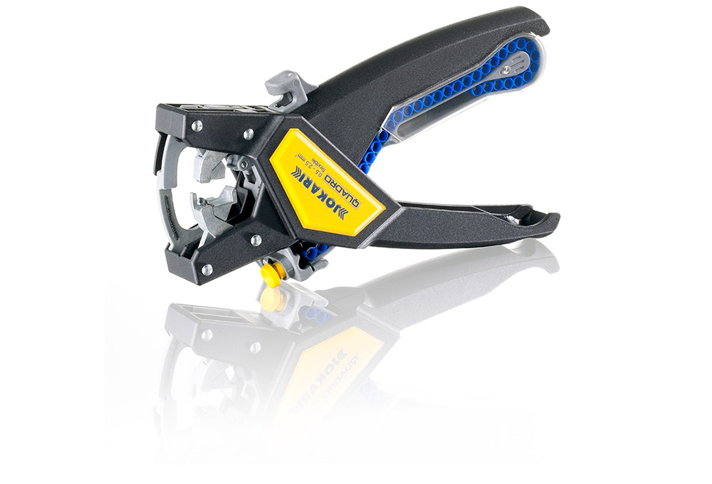 Multitalent QUADRO –  Cutting – insulation stripping – twisting – crimping.