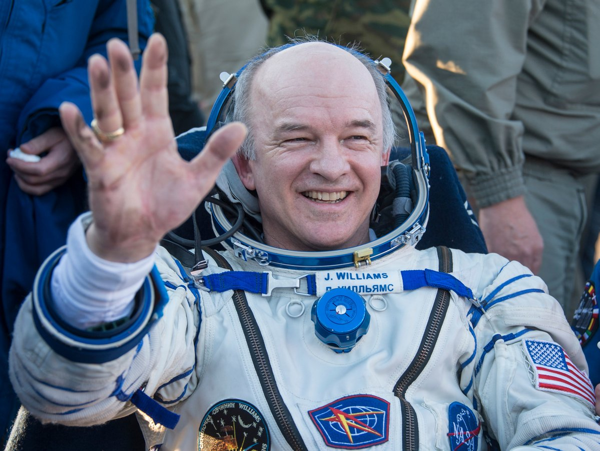 ISS Expedition 48 Commander Jeff Williams, KD5TVQ, Breaks Time-on-Station Record