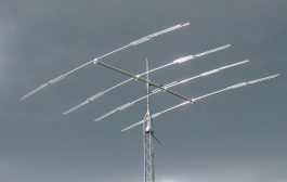DXplorer system providing facilities for on-air antenna system testing and comparison