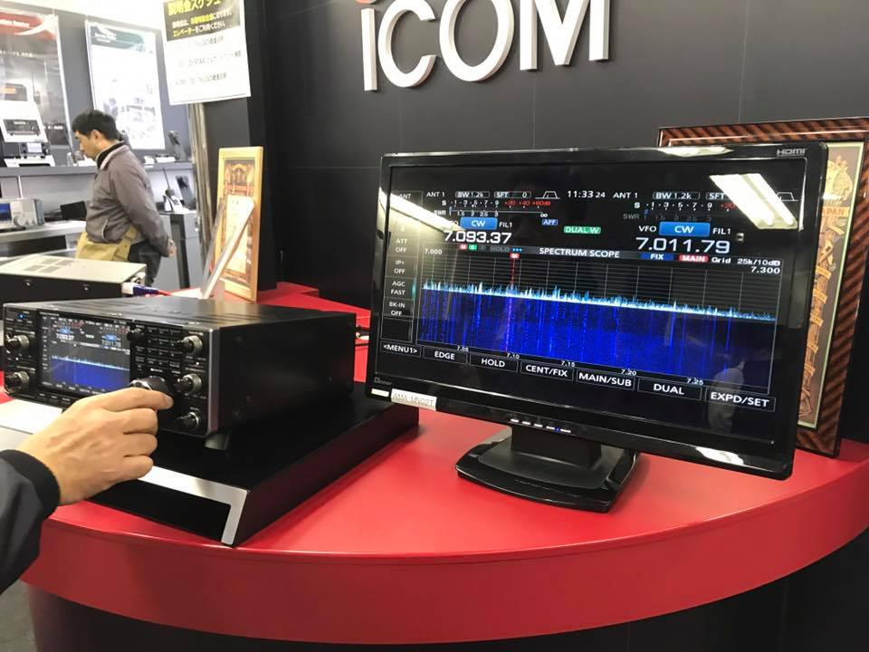 ICOM IC-7610 Exhibition & pre presentation [ New Photos ]