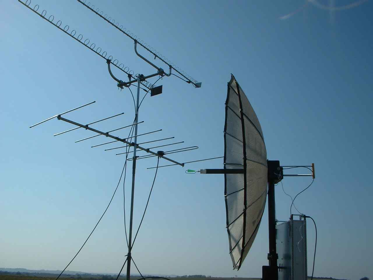 New 122GHz and 241GHz UK distance records