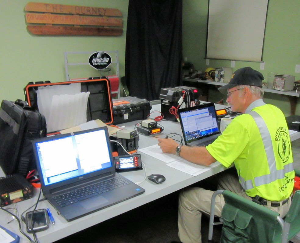 ARRL Section Manager Evacuates When Fire Comes Within Two Blocks