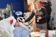 Hospital in Tampa Talk to Santa Claus in North Pole Over Amateur Radio