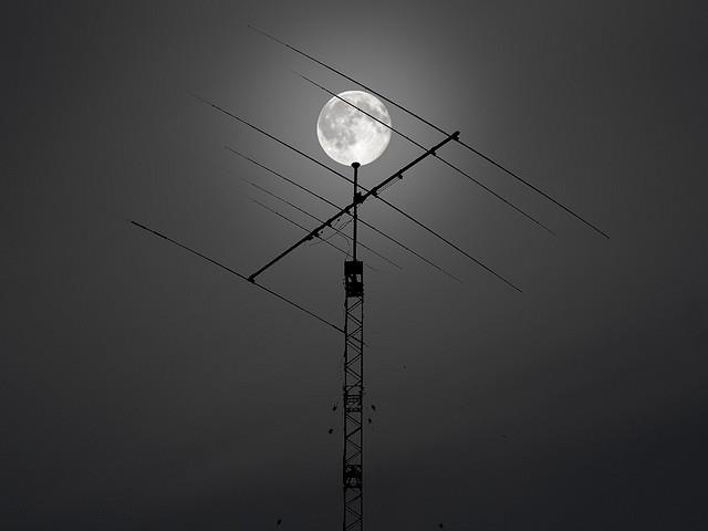 Post-Launch Signals Received as Amateur Radio Heads to Moon