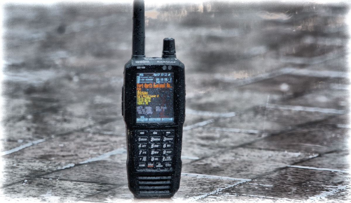 SDS100 - UNIDEN [ True I/Q Digital Handheld Scanner ]
