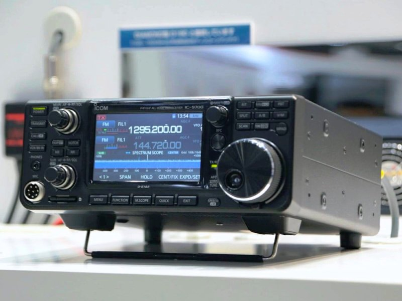Icom IC-9700 Preview Orlando Hamcation 2019