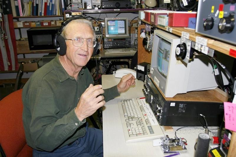 Well known ham radio operator dies in fall from tower ...