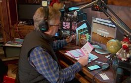 Denton man relays voice of Santa Claus to listeners on Ham Radio