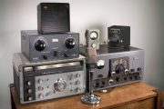 A Look at Vintage Ham Radio Gear Hamvention Flea Market [ Video ]