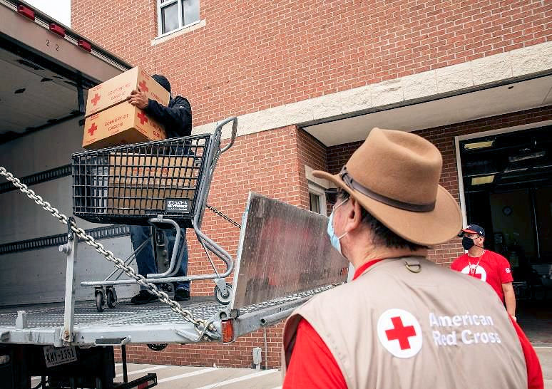 ARES and Red Cross Cooperate to Assist Storm-Affected Residents in Texas